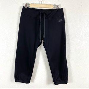 The North Face FAVE Capri Jogger Pants